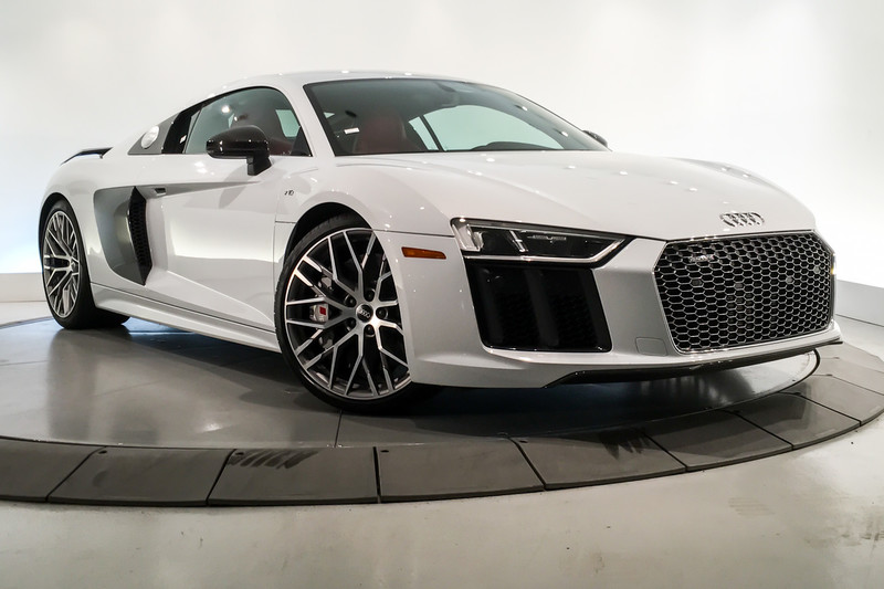 Pre Owned 2017 Audi R8 Coupe V10 Plus Quattro Awd